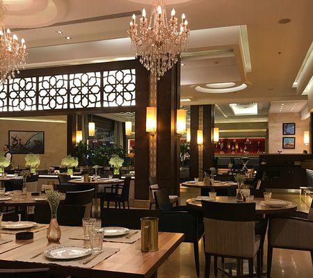 مطعم كرم بيروت بالرياض(السعر +المنيو +العنوان)