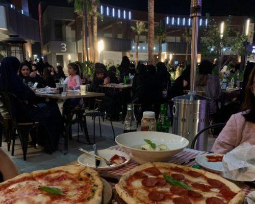 مطعم لاروستيكا بالرياض (السعر +المنيو +العنوان)