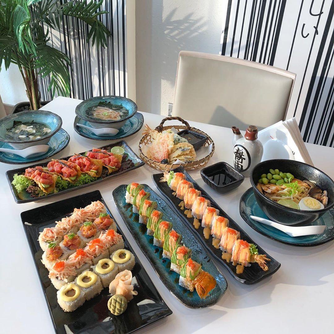 مطعم سوشي يوشي