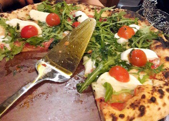 مطعم فينزوني دا بيتزا