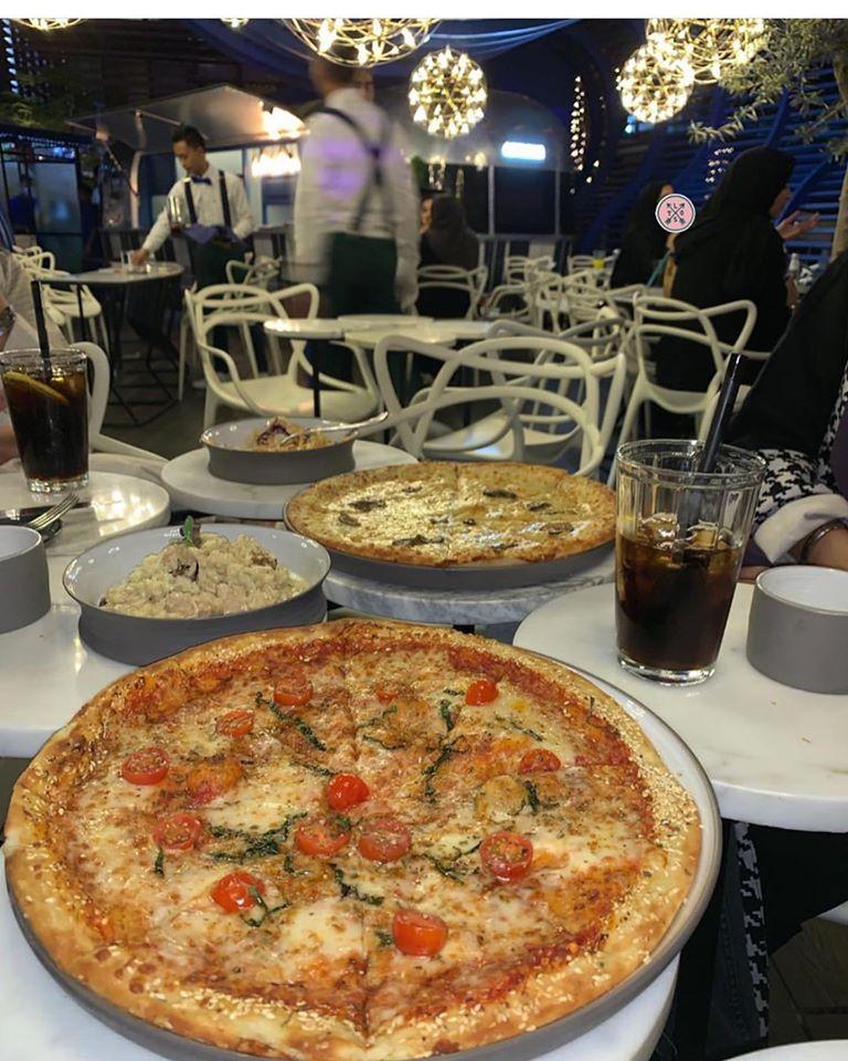 مطعم مونوبولي بيتزا
