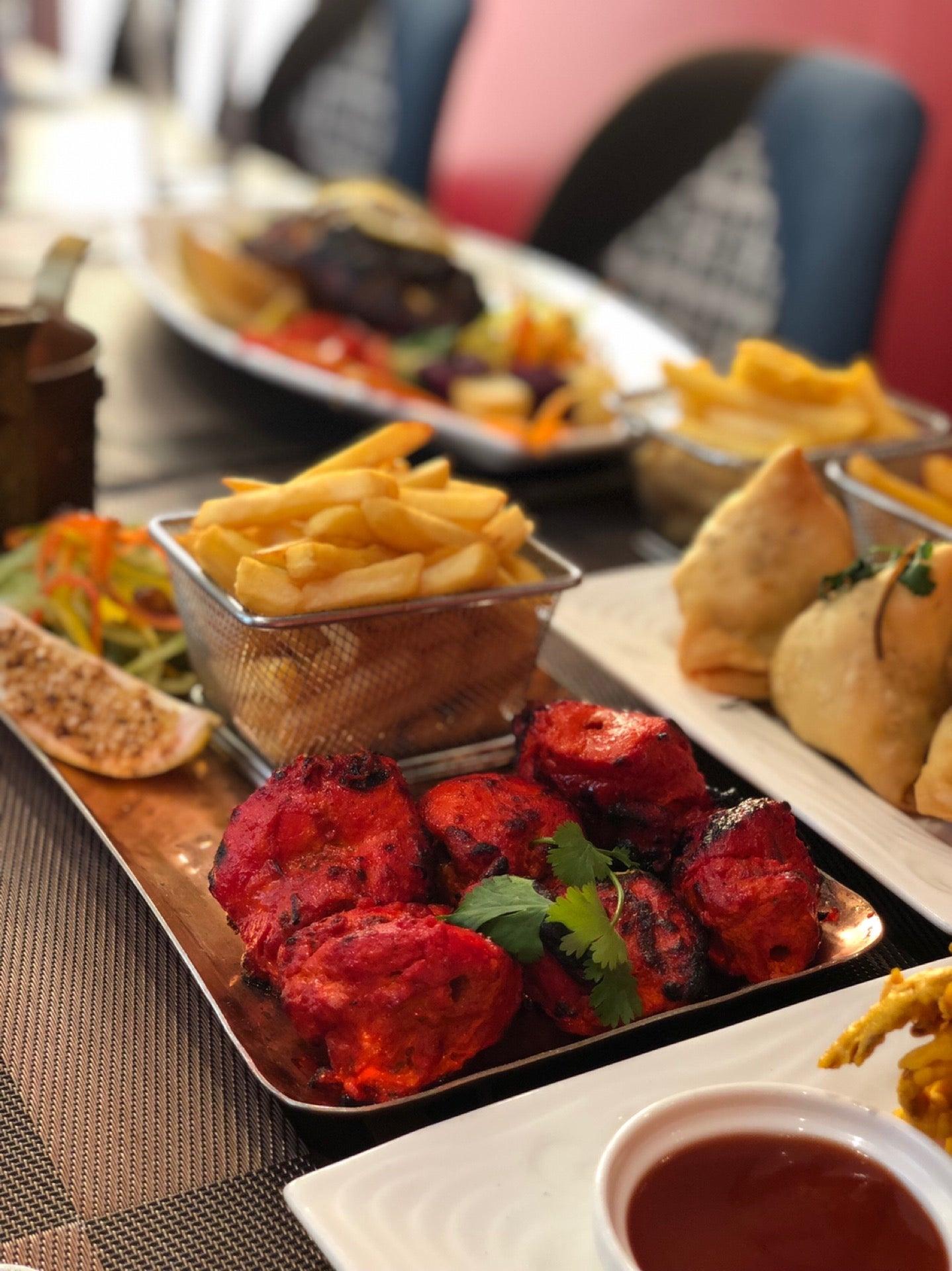مطعم تاجي الهندي