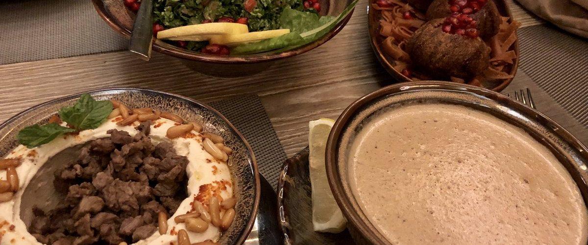 مطاعم على طريق الملك عبد الله بالرياض الأسعار المنيو الموقع كافيهات و مطاعم الرياض