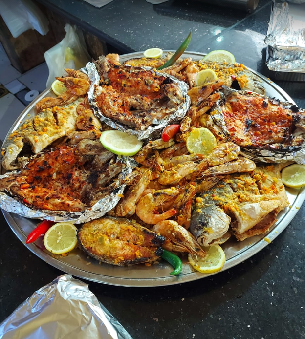 مطعم اسماك عماد