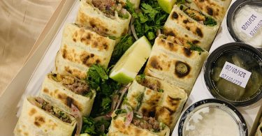 مطعم ثنين شاورما بالرياض